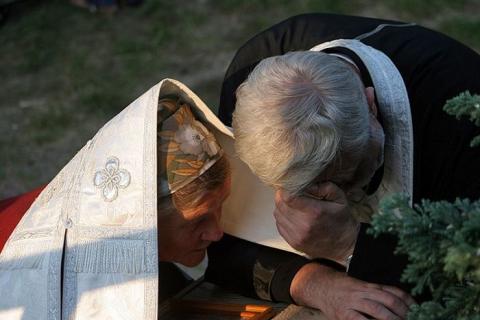Исповедь. Святая Гора Грабарка. Фото: Александр Василюк / orthphoto.net